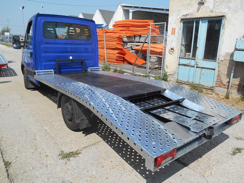 Iveco autószállító felépítmény